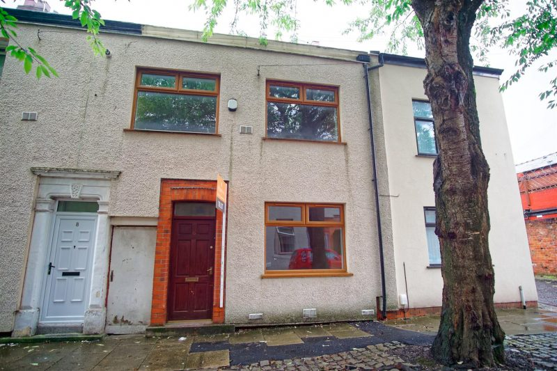 3-Bedroom House to Let on Redmayne Street, Preston