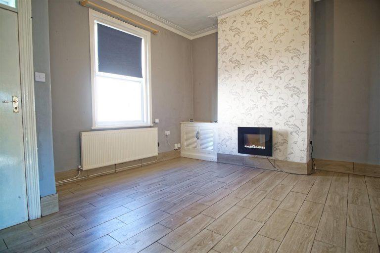 3-Bedroom House to Let on Salisbury Street, Preston
