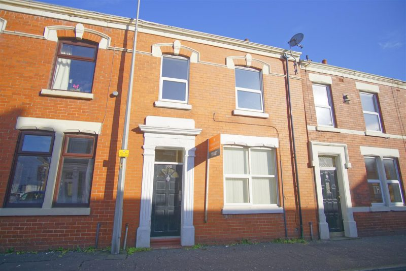 3 bed family home to let in Fulwood, Preston