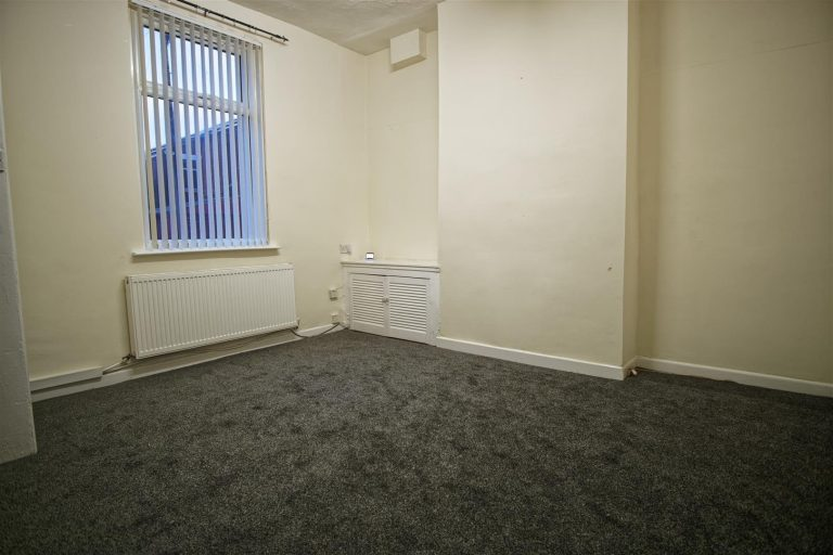 3 Bed house to rent on Great Townley Street, Preston
