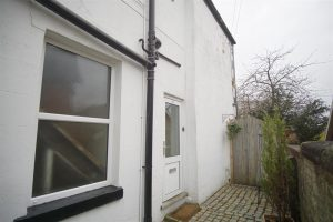 1 Bed flat to rent on Whinfield Lane Preston