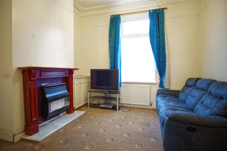 2 Bedroom House for sale on Lauderdale Street, Preston
