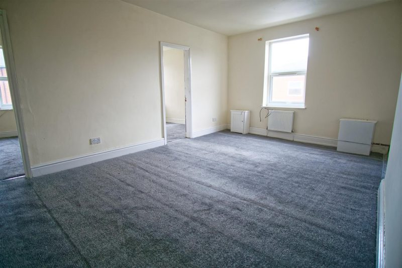 2-bed flat to let on Skeffington Road, Preston