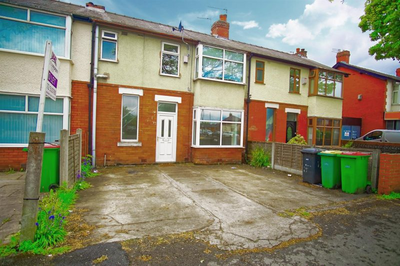4-Bed house to let on Blackpool Road, Preston