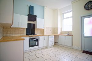 2-bed house to let on Skeffington Road, Preston