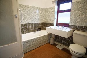3-Bed House to Let on Malvern Avenue, Preston