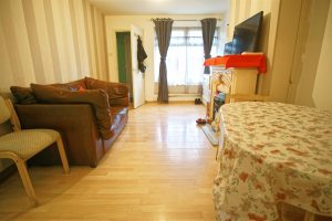 1-Bed Flat for Sale on Farringdon Close, Preston