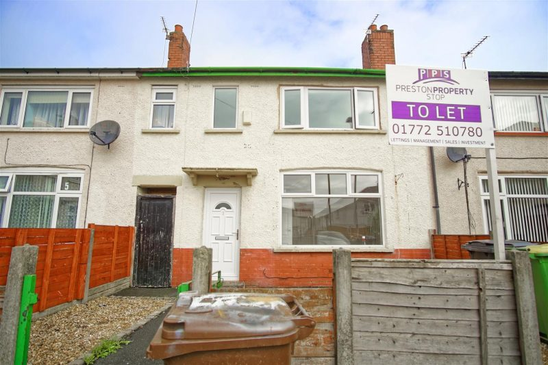 3-Bed Terraced House to Let on Levens Street, Preston