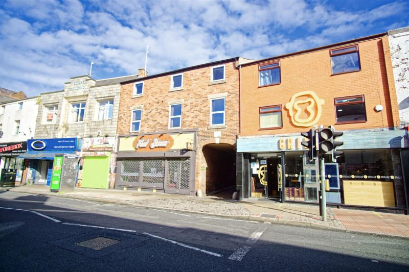 4-Bed Flat to Let on Friargate, Preston