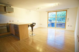 1-Bed Flat to Let on East Cliff, off Winckley Square, Preston