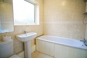 5-Bed Terraced House To Let on Ashbourne Crescent, Preston