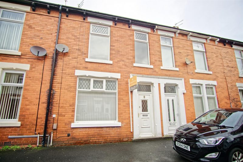3-Bed Terraced House to Let on Colenso Road, Preston
