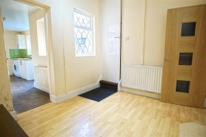 2-Bed Terraced House to Let on Caroline Street, Preston