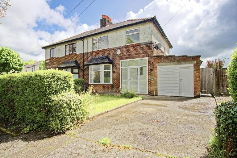 3-Bed Semi-Detached House for Sale on First Avenue, Preston