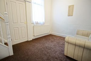 3-Bed Terraced House to Let on Kent Street, Preston