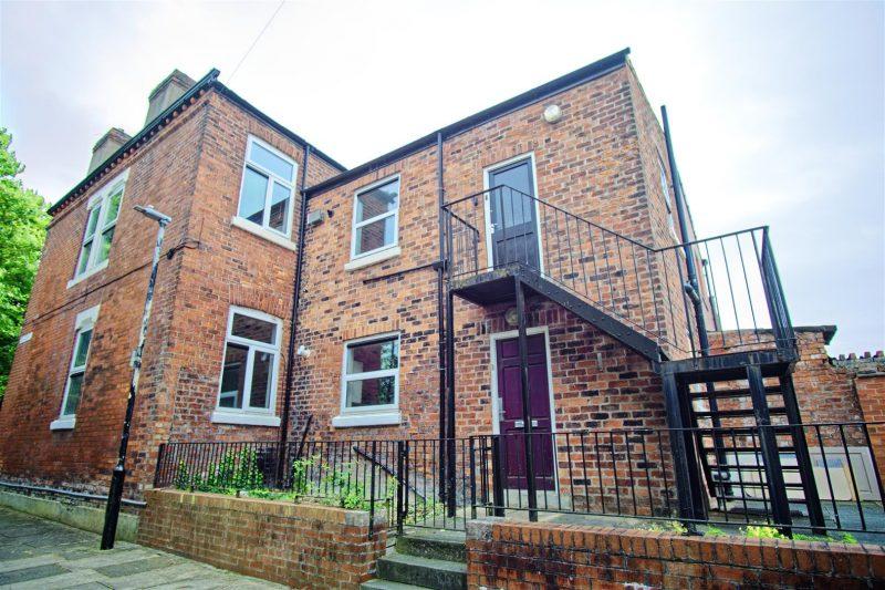 3-Bed Apartment For Sale on Brackenbury Road, Preston