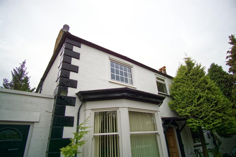 1-Bed Flat to Let on Whinfield Lane, Preston