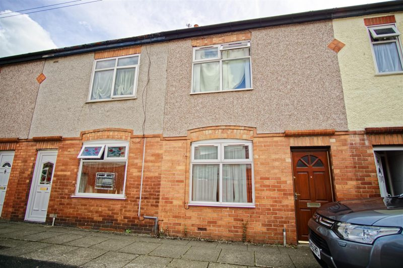 2-Bed Terraced House for Sale on St. Georges Road, Preston