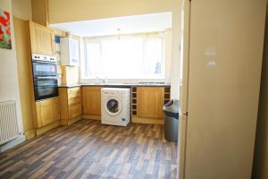 3-Bed Terraced House to Let on Henderson Street, Preston