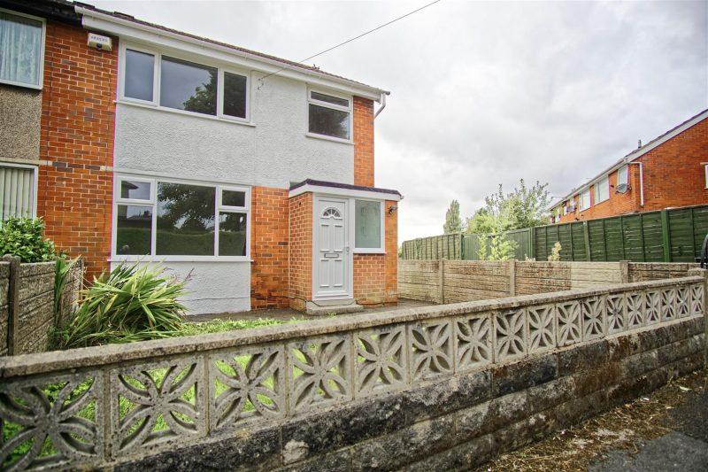 3-Bed Semi-Detached House for Sale on Walton View, Preston