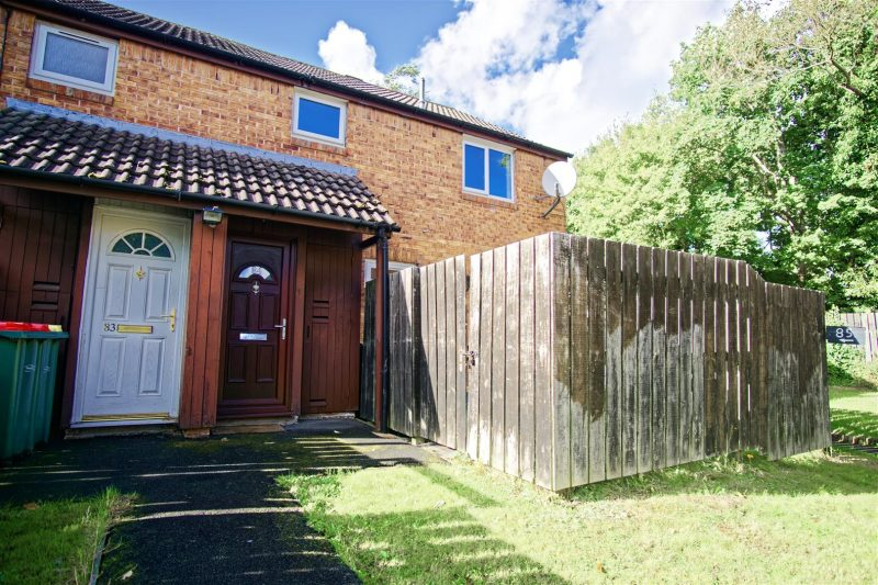 1-Bed Apartment to Let on Turnfield, Ingol, Preston